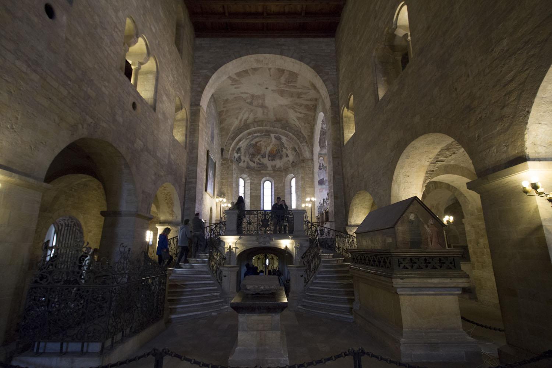 Het interieur van de St. George Basilica in Praag
