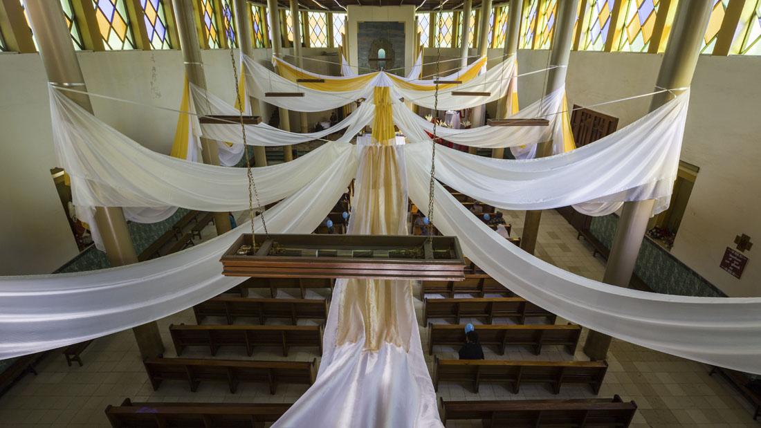 Een versierde parroquia de San Pedro in Cochabamba