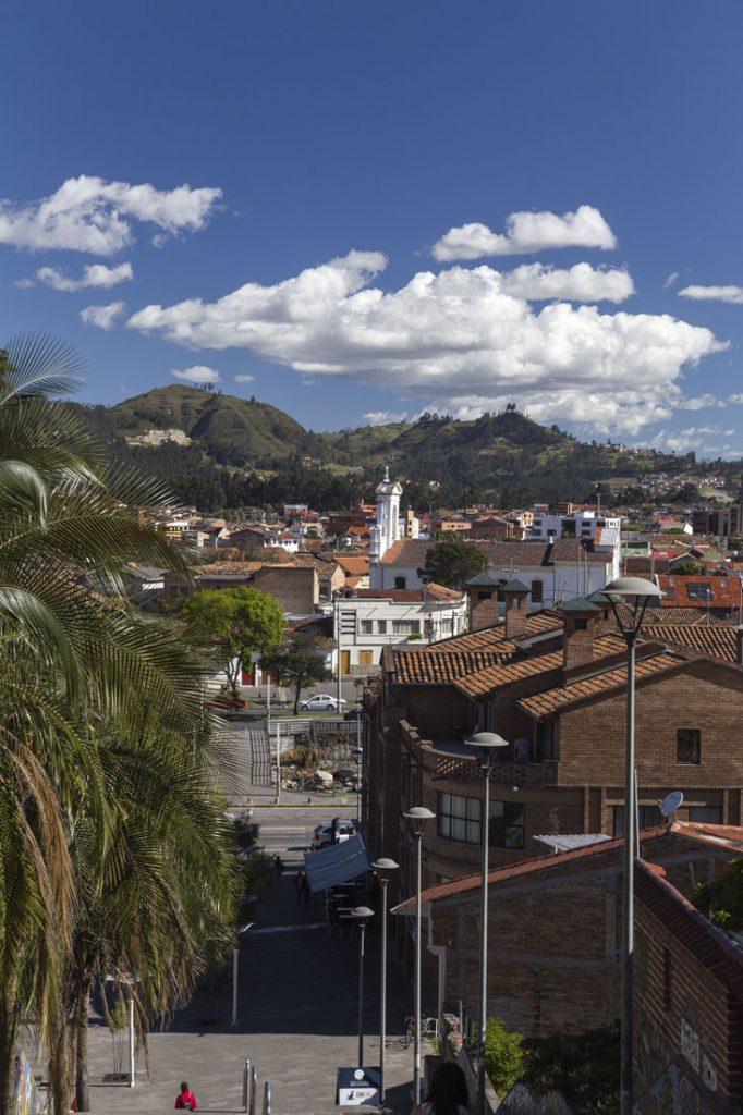 Uitzicht over Cuenca vanaf een heuvel