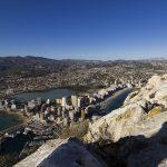De rots van Calpe beklimmen