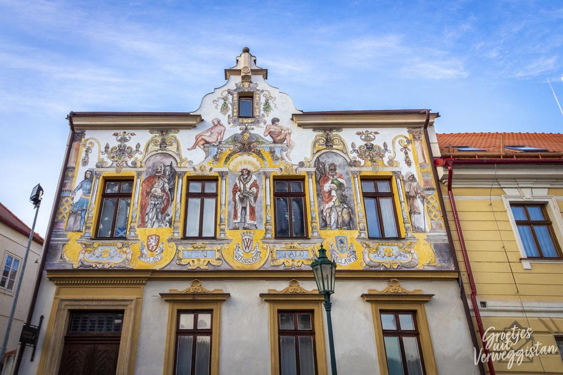 Huis met mooie schildering in Kutná Hora