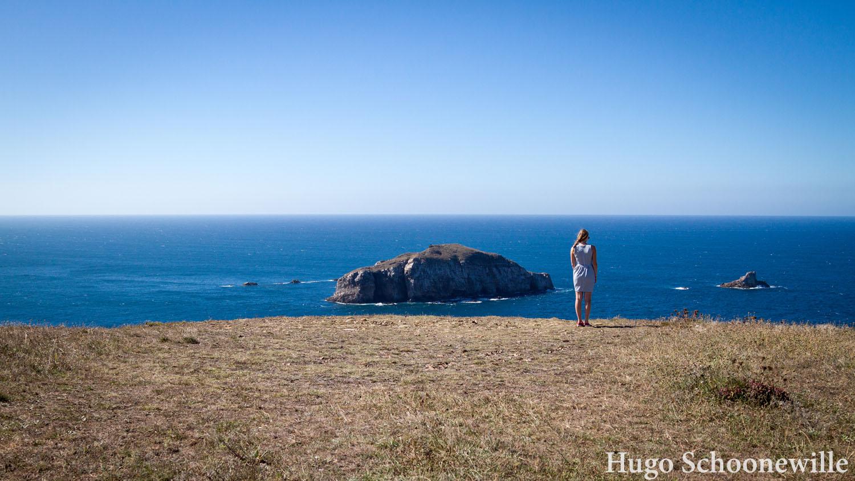 Uitzicht over de oceaan en kliffen van het noordelijkste puntje van Spanje: Cabo de Peñas.