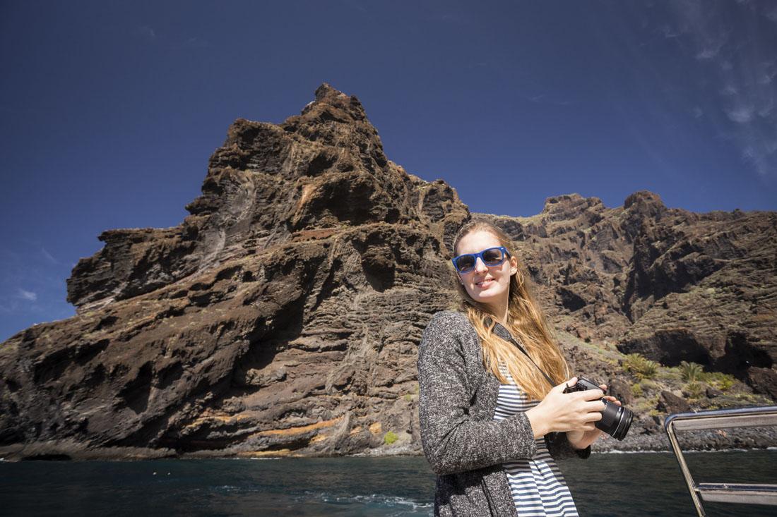 Met een boot langs de reusachtige kliffen van Los Gigantes op Tenerife.