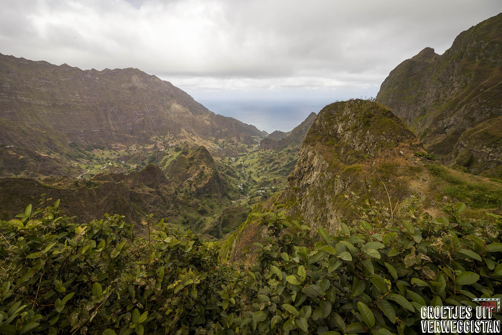 De 10 mooiste uitzichten: uitzicht over de Paúl vallei op eiland Santo Antão op Kaapverdië.