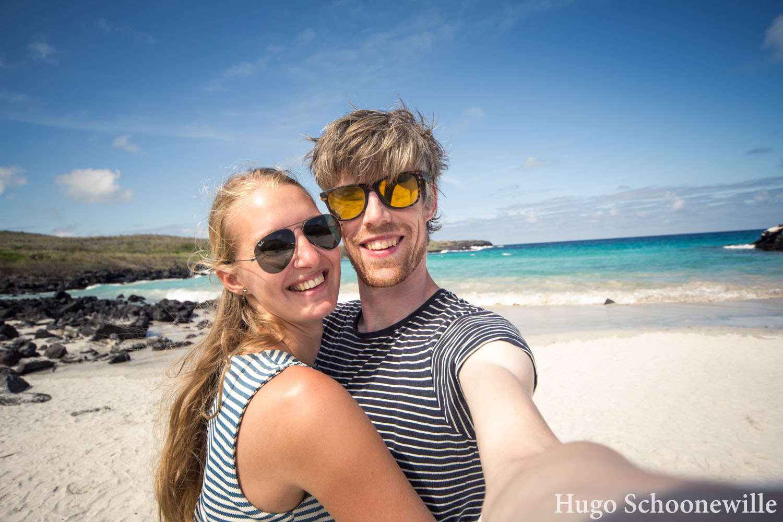 Manouk en Hugo op de Galapagoseilanden