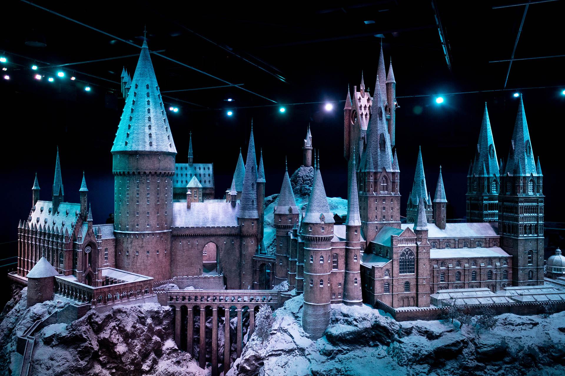 Hogwarts in the Snow: model van het Hogwarts kasteel bedekt met een laagje sneeuw.