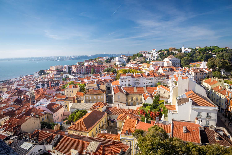 Uitzicht over Lissabon vanaf Castelo Sao Jorge.