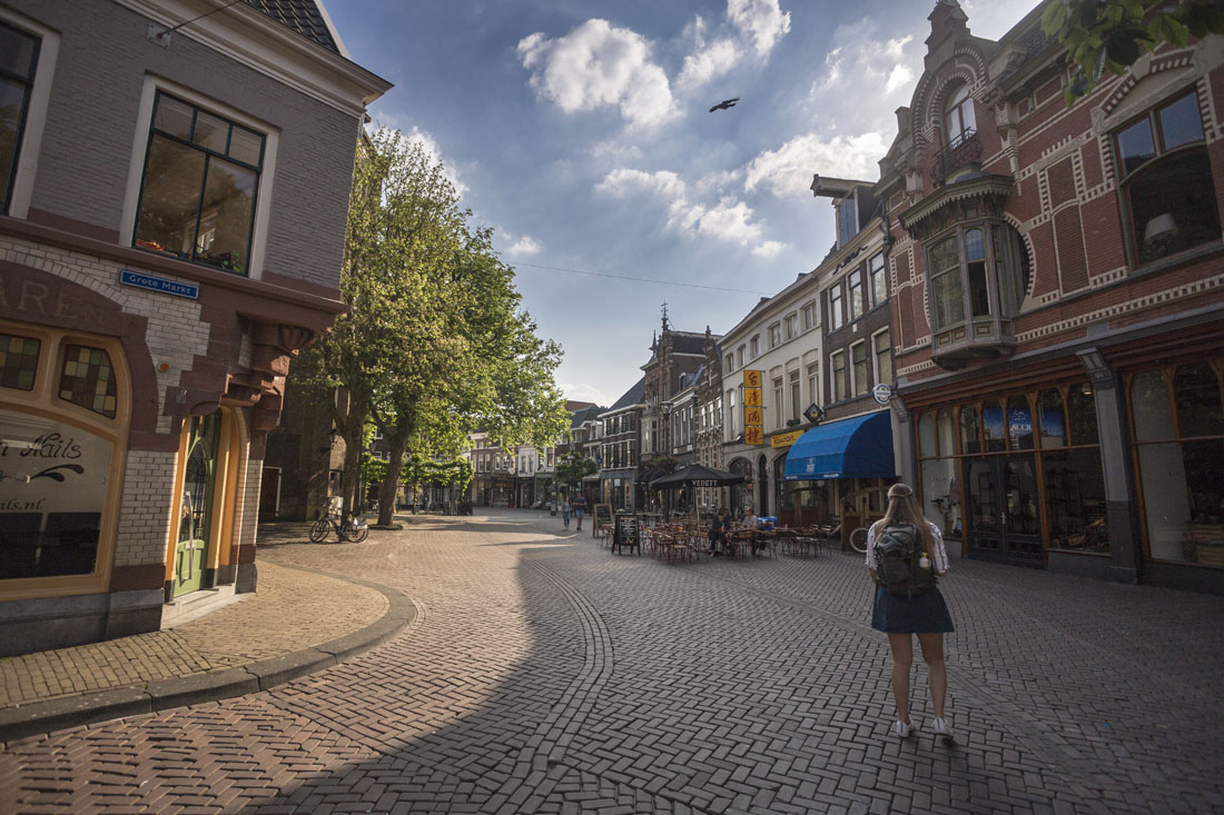 Wat te doen in Zwolle: slenteren door de mooie straten in de binnenstad.