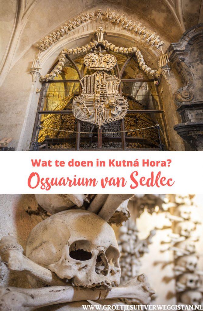 Pinterestafbeelding: gearrangeerde botten in het ossuarium van Sedlec