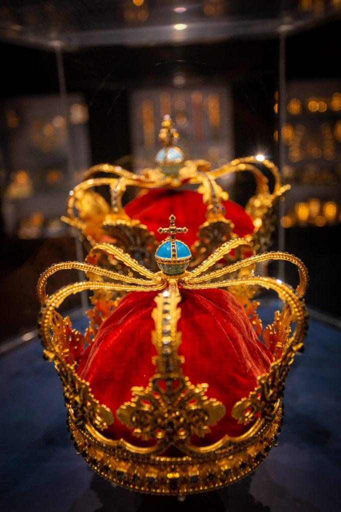 Twee kronen, onderdeel van de kroonjuewelen van Denemarken in Rosenborg